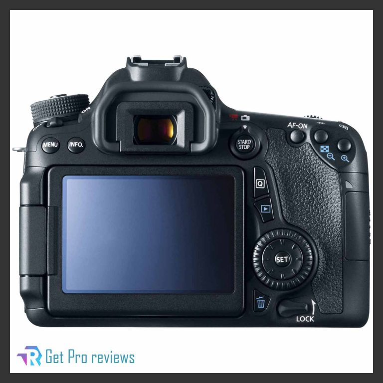 Canon EOS 70D Digital SLR Camera with 18-135mm